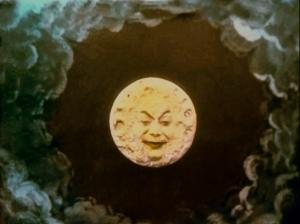 le-voyage-moon-weird-smile