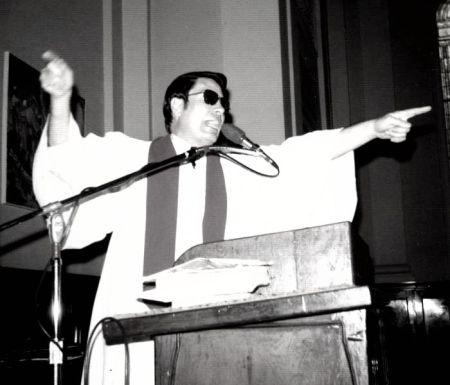 4) Jones preaching in Los Angeles